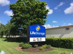 Life Storage - Sarasota - Bee Ridge Road - Photo 3