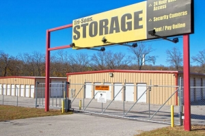 Tri-Sons Storage - Merriam Woods