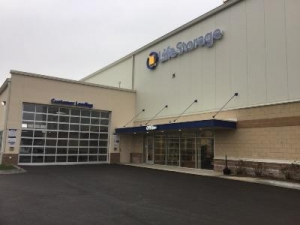 Life Storage - Arlington Heights