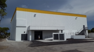 Megacenter Hallandale - Photo 6