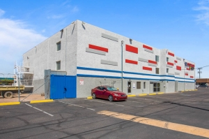 US Storage Centers - Phoenix - 2563 West Indian School Road - Photo 4