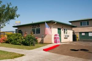 Cal Storage Facility at  2215 East Gerard Avenue, Merced, CA