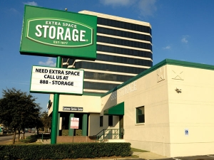 Extra Space Storage - Dallas - N Central Expressway