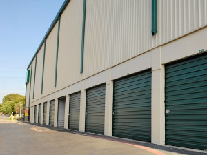 Image of Extra Space Storage - Dallas - Lemmon Ave Facility on 5431 Lemmon Avenue  in Dallas, TX - View 2