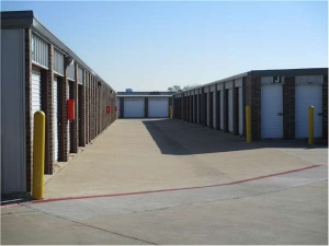 Image of Extra Space Storage - Coppell - Belt Line Rd Facility on 1751 East Belt Line Road  in Coppell, TX - View 2