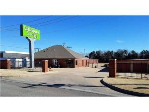 Extra Space Storage - Oklahoma City - Classen Blvd