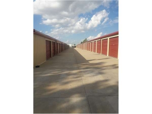 Image of Extra Space Storage - Oklahoma City - 7124 NW 122nd Street Facility on 7124 Northwest 122nd Street  in Oklahoma City, OK - View 2