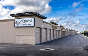 StorQuest - Vero Beach/US Hwy 1 - Photo 3
