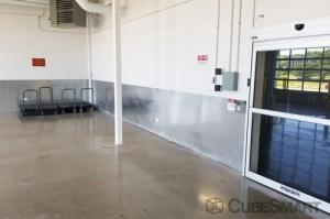 CubeSmart Self Storage - Riverwoods - Photo 7