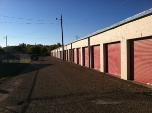 Picture of Tri Star Self Storage - Sanger Ave