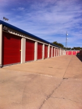 Picture of Tri Star Self Storage - La Salle Ave