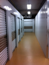 Picture of Close 2U Storage The Mall