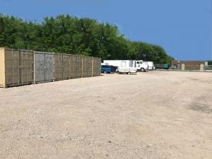 Simple Self Storage - Waco - 2172 East Loop 340 - Photo 19