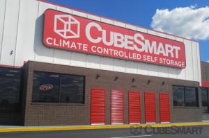 CubeSmart Self Storage - Chattanooga - 5952 Brainerd Rd