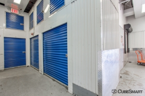 CubeSmart Self Storage - Bronx - 1725 West Farms Road - Photo 3