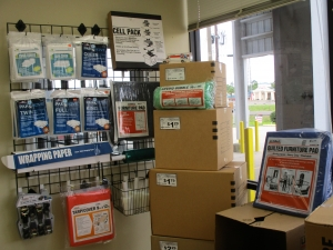 Storage Depot - Photo 2
