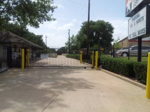 Lonestar Self Storage