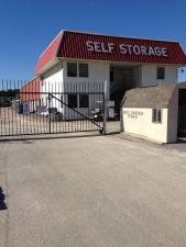 Devon Self Storage - Austin