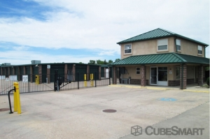 American Mini Storage - Colorado Springs - 74 N Amherst St