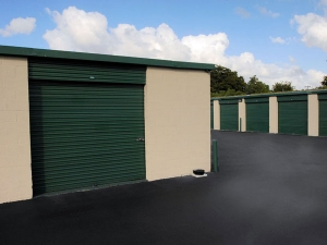 Extra Space Storage - Miami - NW 79th Ave - Photo 10