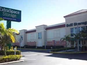 Extra Space Storage - Miami - SW 186th St