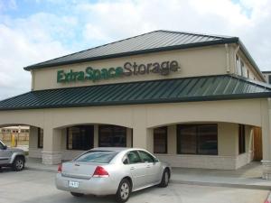 Extra Space Storage - Baytown - East Freeway - Photo 7