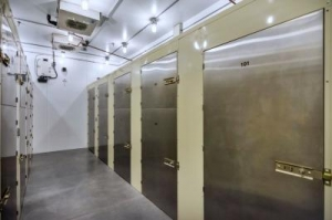 Life Storage - Scottsdale - 7227 East Williams Drive - Photo 2