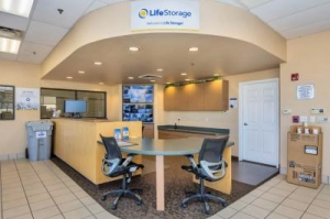 Life Storage - Cave Creek - North Black Mountain Parkway - Photo 2