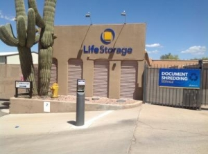 Life Storage - Cave Creek - East Cave Creek Road - Photo 1