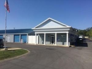 Life Storage - Hendersonville - New Shackle Island Road