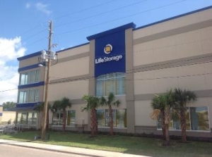 Life Storage - St. Petersburg - Tyrone Boulevard North