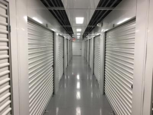 Life Storage - St. Petersburg - Tyrone Boulevard North - Photo 4