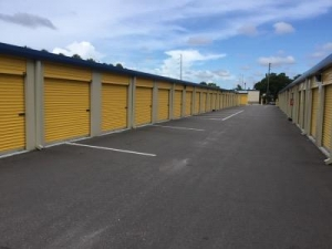 Life Storage - St. Petersburg - Tyrone Boulevard North - Photo 5
