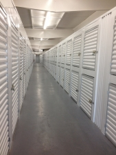 United Self Mini Storage - Countryside - Photo 5
