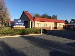 Life Storage - Richmond - Jahnke Road - Photo 1