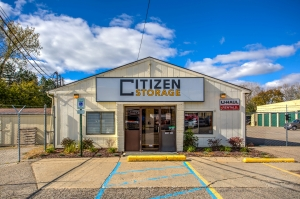 Citizen Storage Fenton North