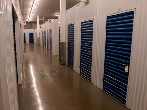 Extra Space Storage - South Houston - Spencer Hwy - Photo 8