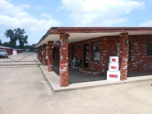 Barksdale Self Storage- Bossier City- 2205 Barksdale Blvd.