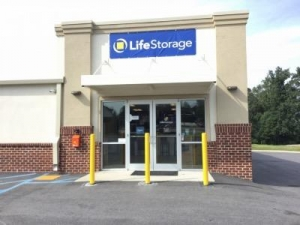 Picture of Life Storage - Cumming - 2016 Atlanta Highway
