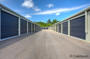 CubeSmart Self Storage - Livonia - Photo 2