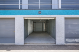 Phoenix Bargain Storage - 1239 N. 54th Ave - Newly Remodeled! - Photo 15