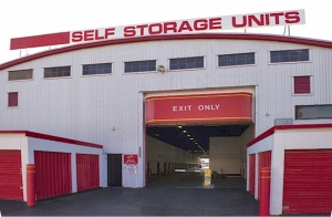 Prime Storage - Boston - Southampton Street - Photo 3
