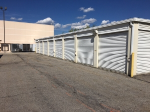 EZ Storage - Salt Lake City - 2385 South 300 West - Photo 4