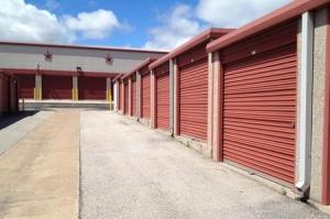 EZ Lakeway Storage