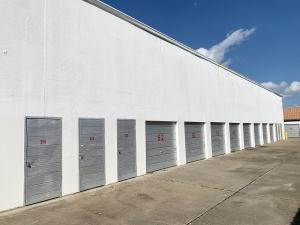 Storage Inn - Photo 7