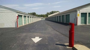 Image of Extra Space Storage - Louisville - Bardstown Rd Facility on 5807 Bardstown Road  in Louisville, KY - View 2