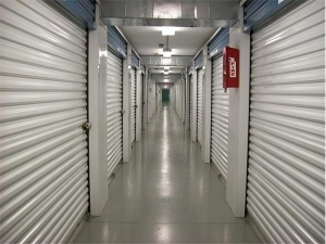 Image of Extra Space Storage - Louisville - Bardstown Rd Facility on 5807 Bardstown Road  in Louisville, KY - View 3