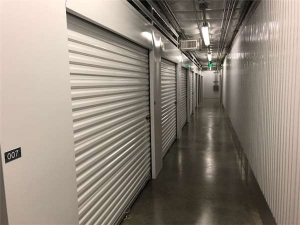 Extra Space Storage - Englewood - Mineral Ave - Photo 3