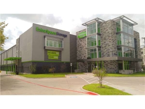 Extra Space Storage - Dallas - 5353 Maple Ave