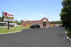 SecurCare Self Storage - Indianapolis - W. County Line Rd. - Photo 1